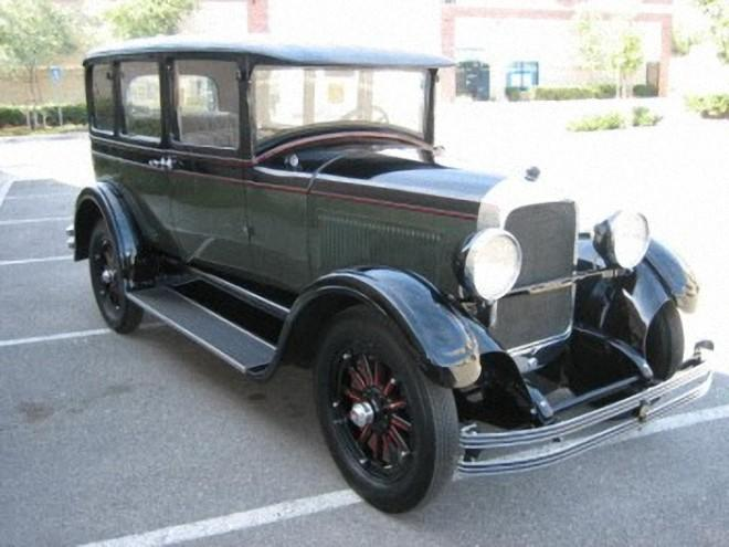 1928 Studebaker Dictator Model GE Car Picture