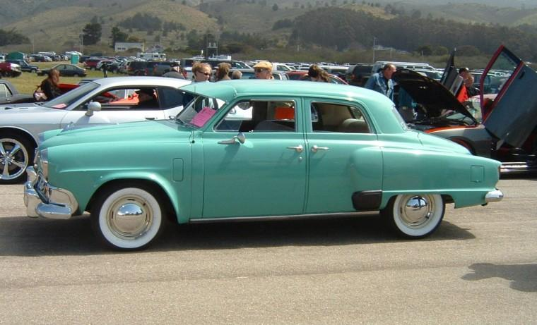 Left Side Green 1952 Studebaker Commander Car Picture