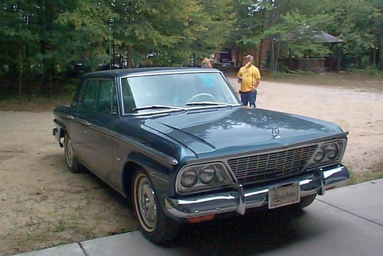 Front right Blue 1964 Studebaker Cruiser Car  Picture